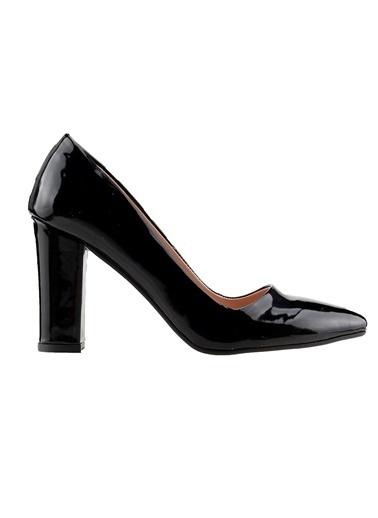 Ayakland Ayakland 137029-311 Rugan 8 Cm Topuk Bayan Ayakkabı Siyah